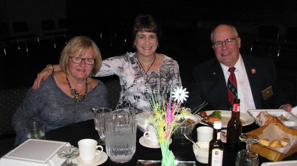 Ginny Hinkins, Julie & Bob Berg