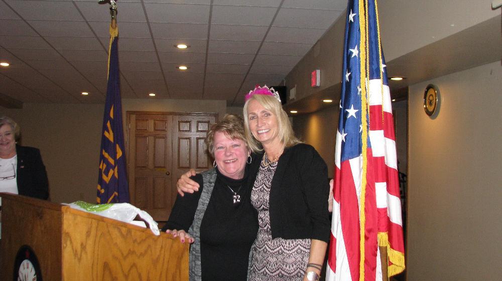 Karen Bures presents First Lady of the Lodge Tiara to Dawn Spranger